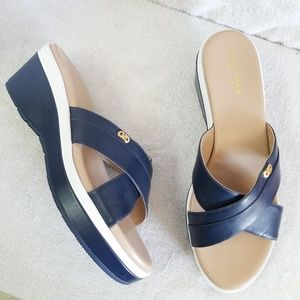 New Cole Haan Grand OS navy white slides sandals
